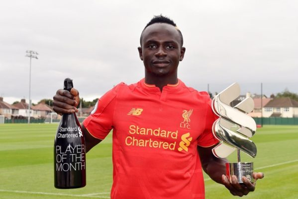 Mané absent six semaines — Liverpool