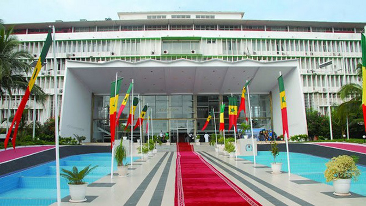 S n gal le nouveau bureau de l 39 assembl e nationale ferloo - Bureau de l assemblee nationale ...