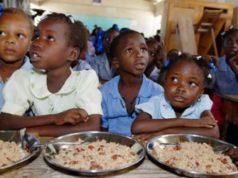 ecoliers appretent manger leur unique