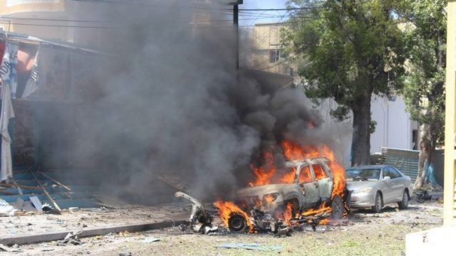 attentat à la voiture piégée
