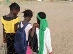 filles en milieu scolaire