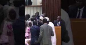 Bagarre à l'Assemblée nationale