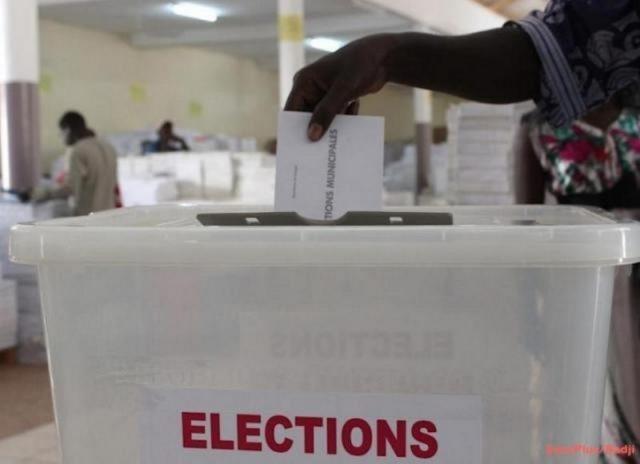 elections urne bulletin  0 1