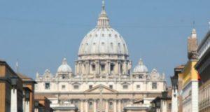 le vatican 1513614606 425x318